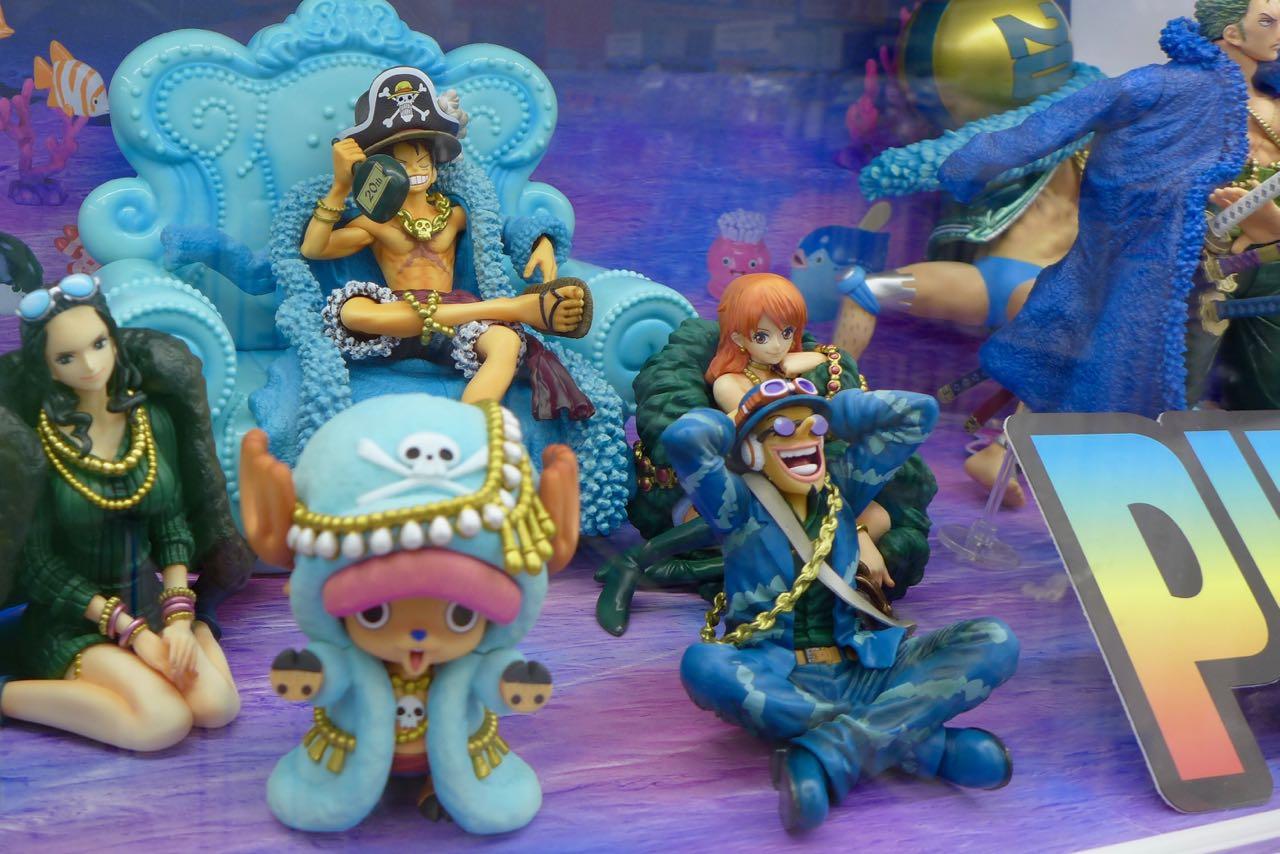 Japanische Comic Figuren, Den Den Town Osaka