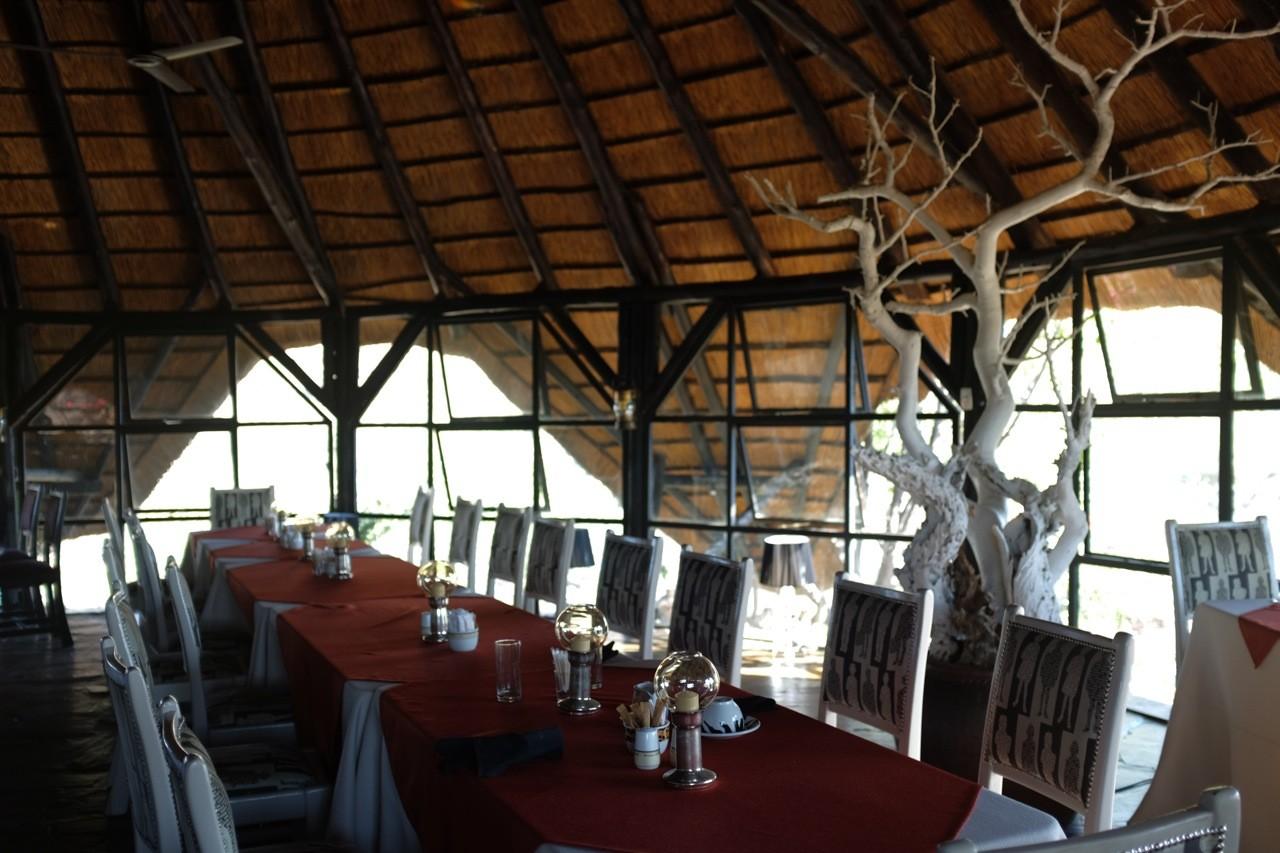 Hauptrestaurant der Vingerklip Lodge, Namibia