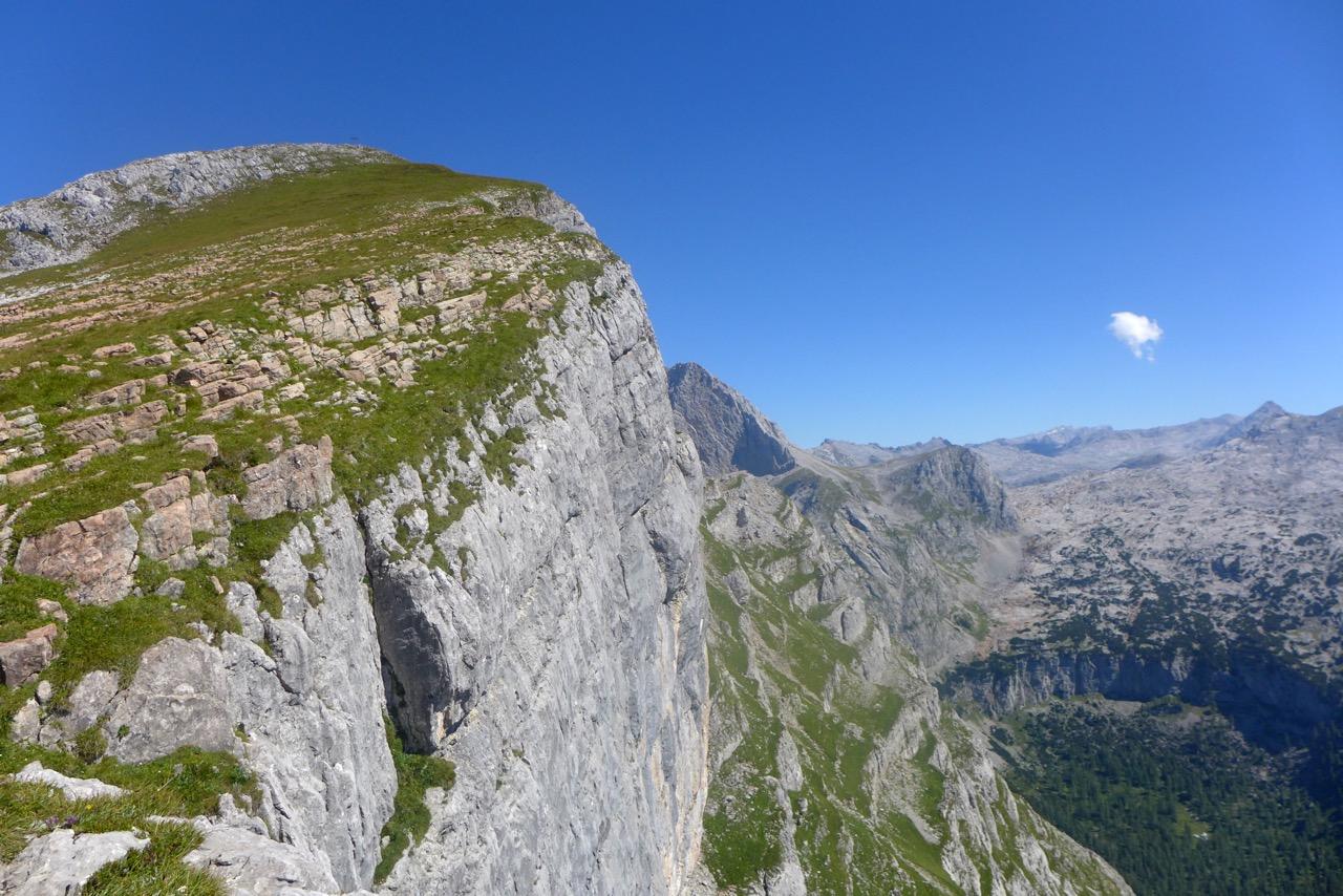 Seehorn Gipfelkreuz in Sicht