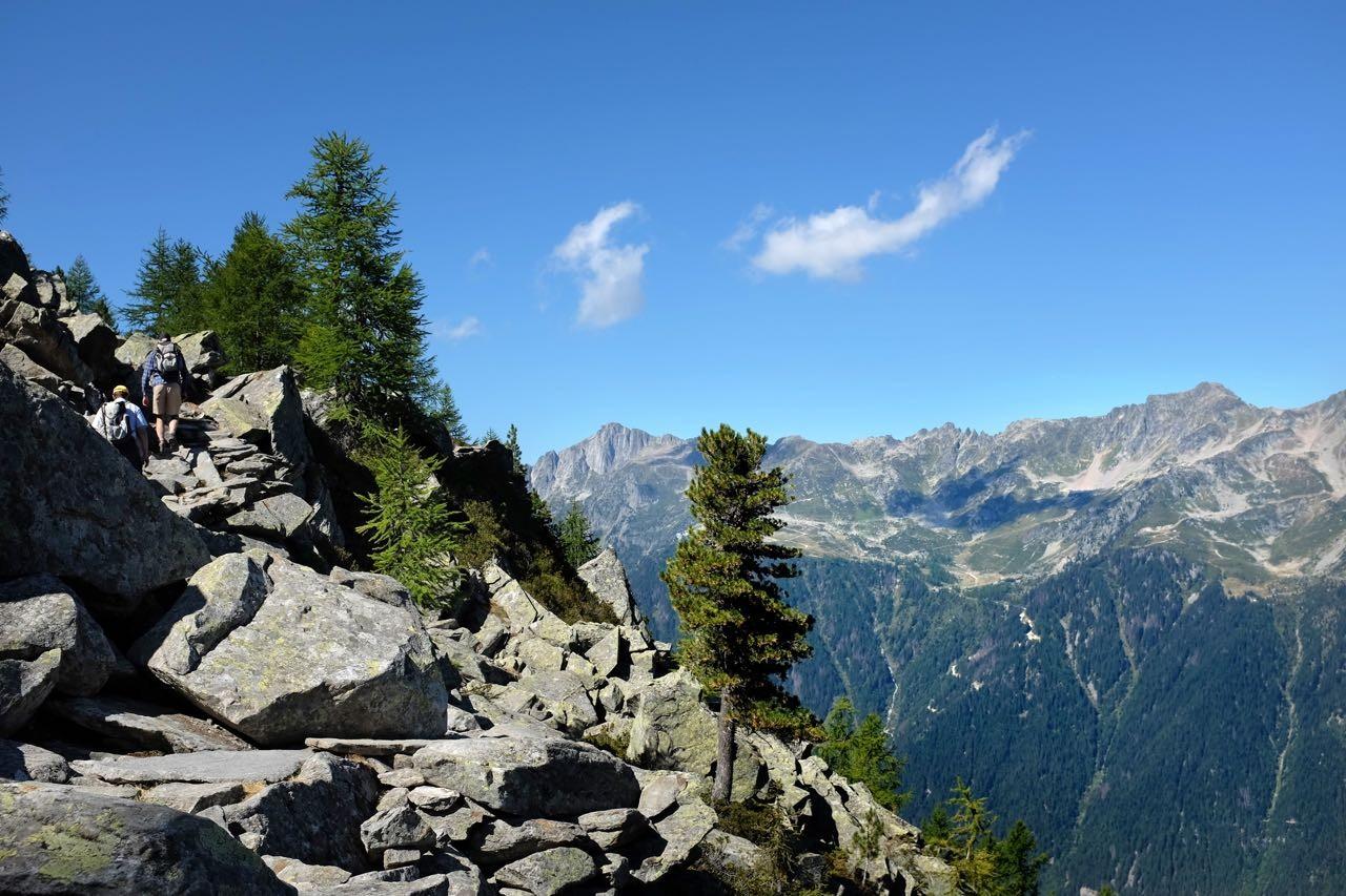 Grand Balcon Nord Weg mit schönen Ausblicken auf Chamonix und das Aiguilles Rouges Gebirge