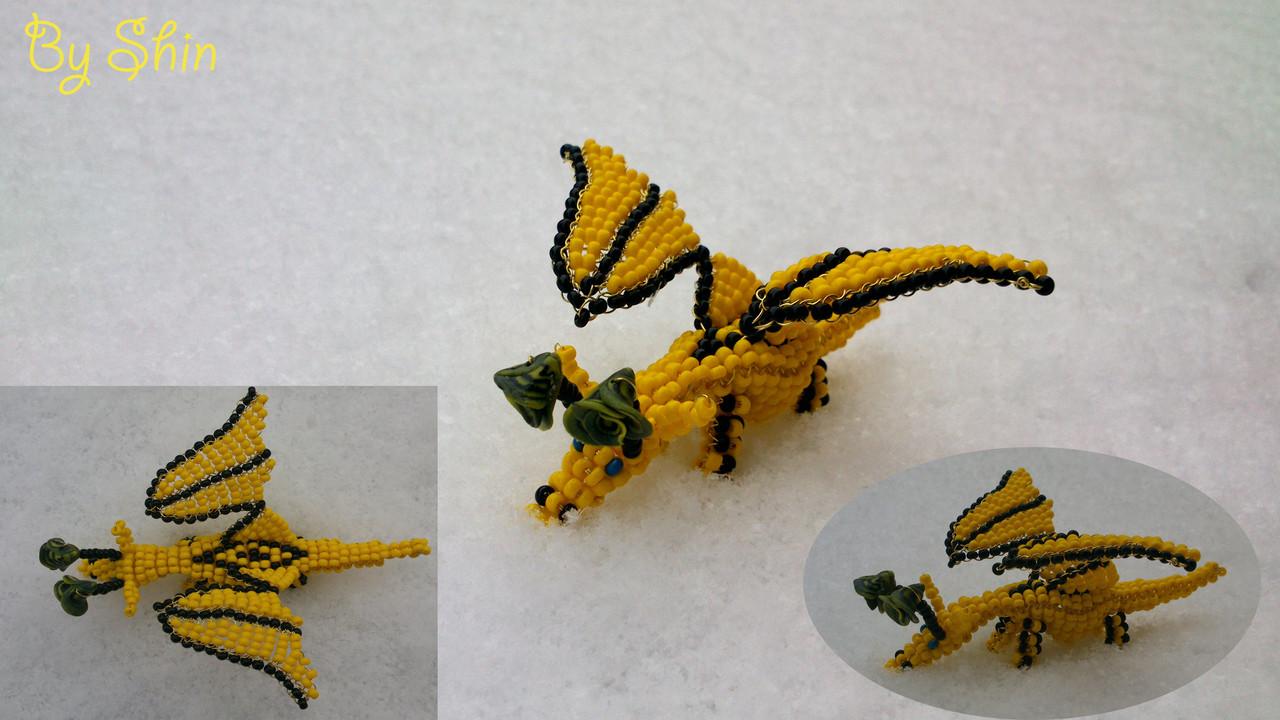 Meine erste offizelle veröffentlichung diesen Drachen kann man Nachperlen die Anleitung findet ihr auf Perlentiere.com im Heartbead Ausgabe 1/2013