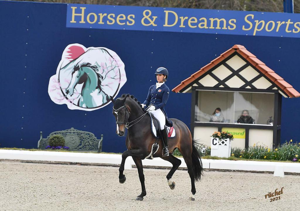 Great Escape Camelot's erster Grand Prix am CDI Hagen DE
