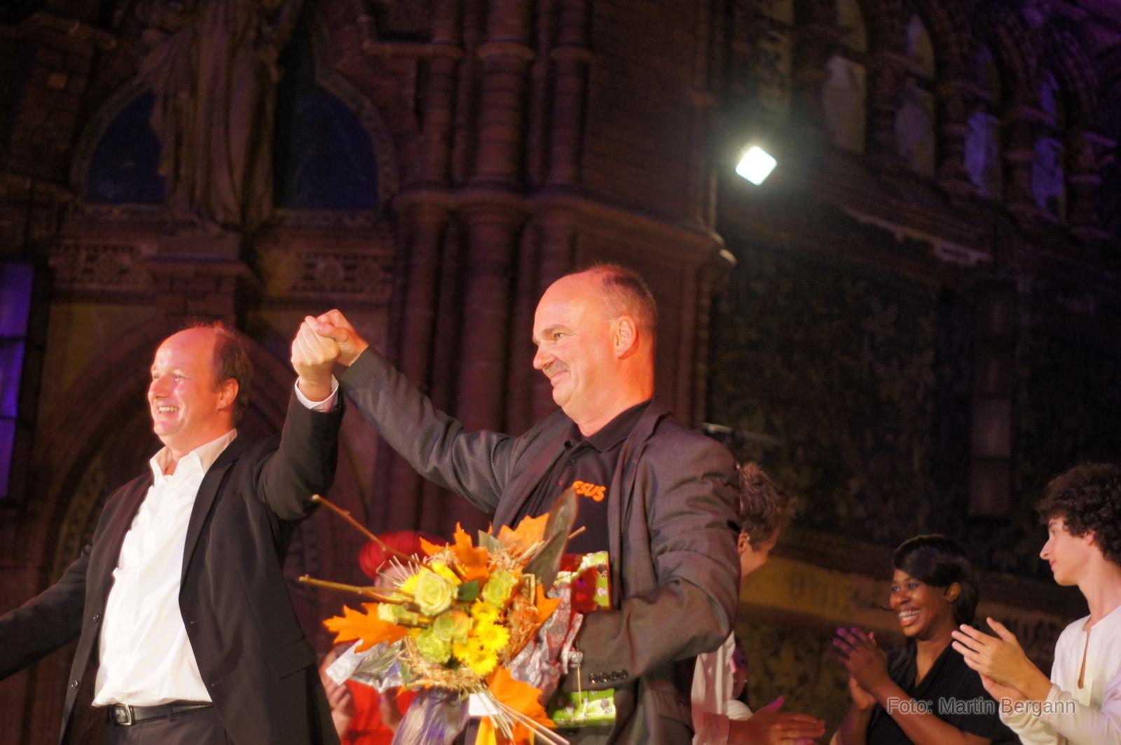 Nach getaner Arbeit: Dankbar mit Komponist Peter Frank