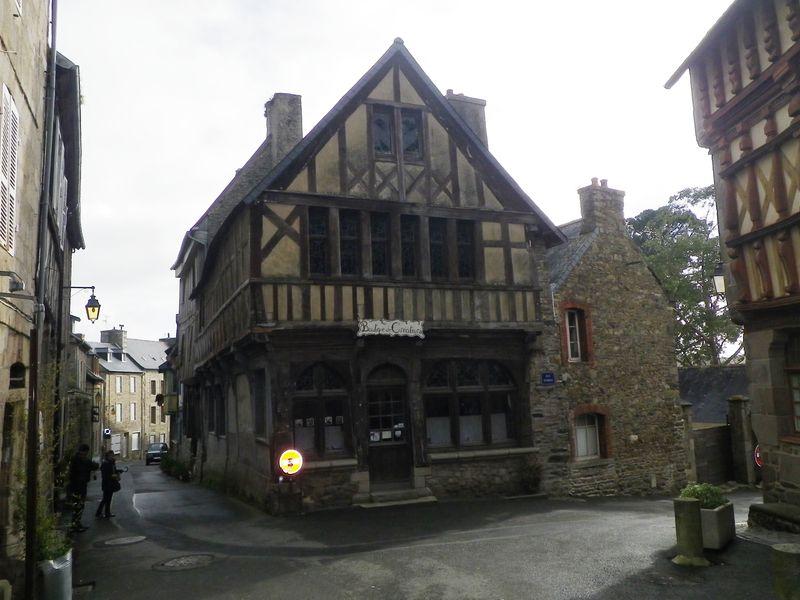 Treguier - vieille maison