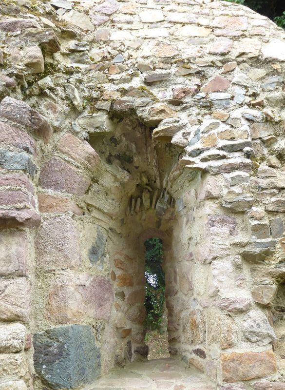 Temple de Lanleff - meurtrière
