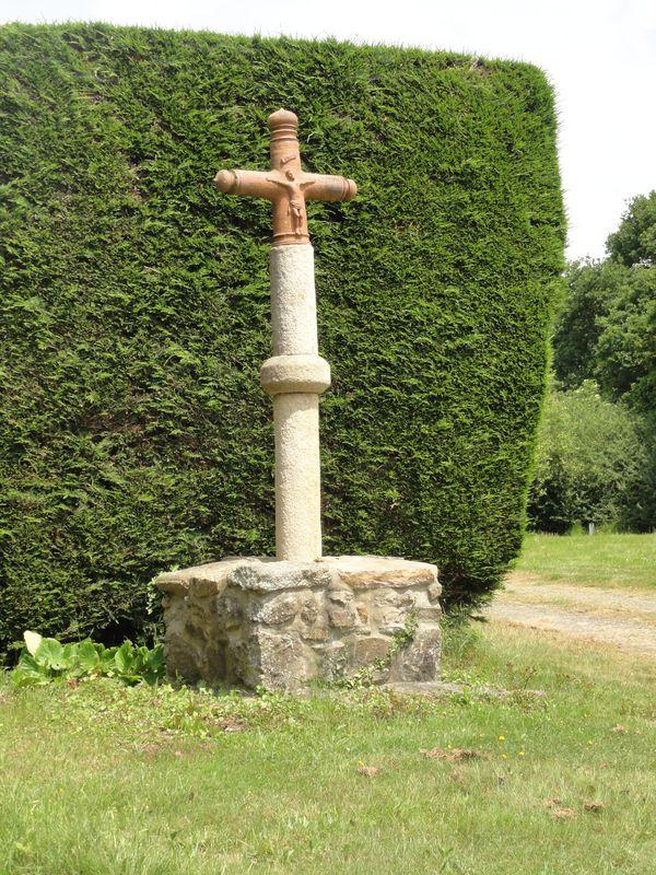 Croix de Houssais