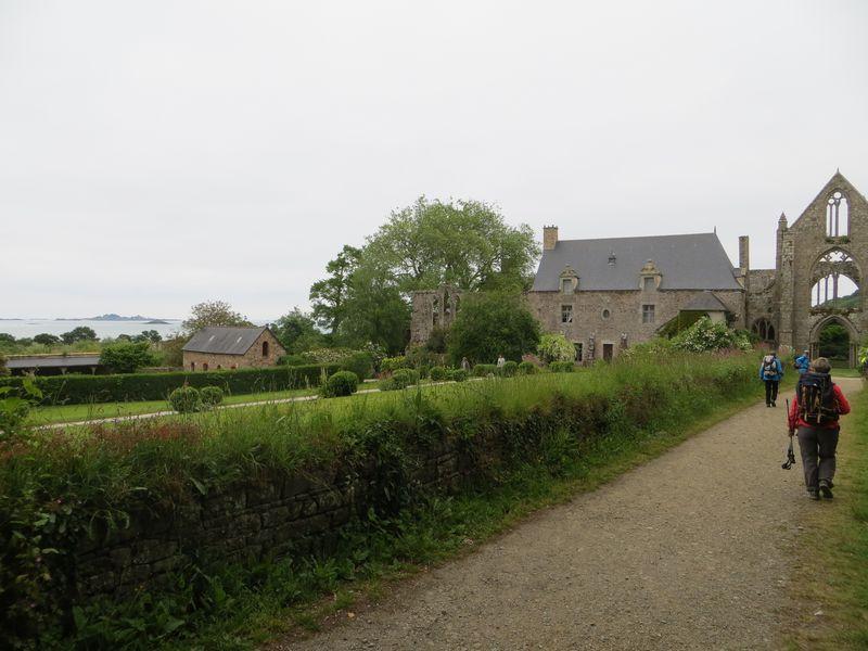 Arrivée à l'Abbaye de Beauport