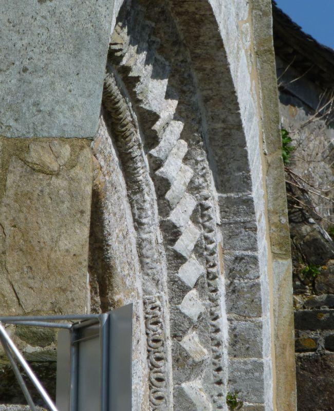 Porche chapelle de Kernitron - Lanmeur