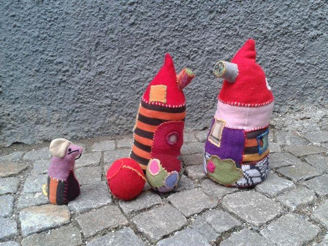 Maus, Fetzenball& Häuschen; mousie, ragball & housies