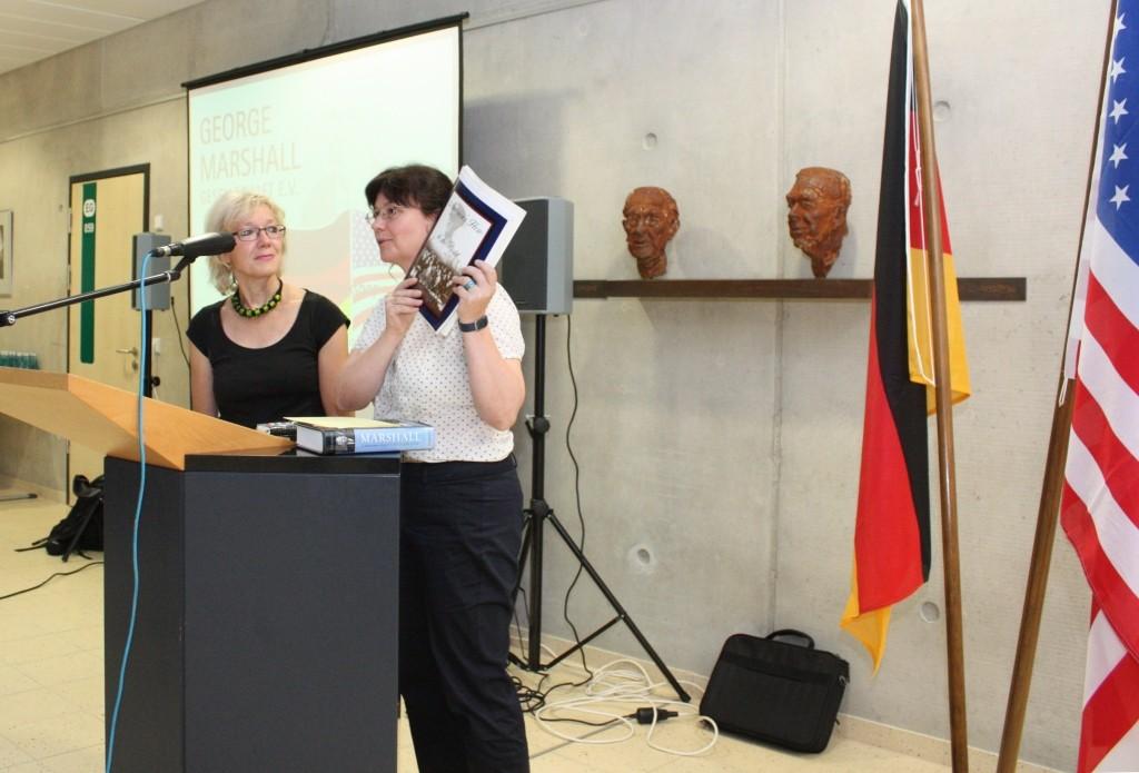 Die Lehrerinnen Petra Moritz und Manuela Becker