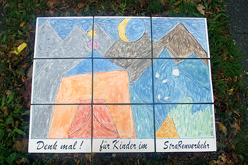 Denkmal für Kinder im Straßenverkehr (2006): Fliesenbild, 102×78 (Michael Stürenburg)