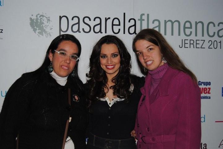 Cristina,Ana Maria Colaboradoras Del Club y Amigas De Sara