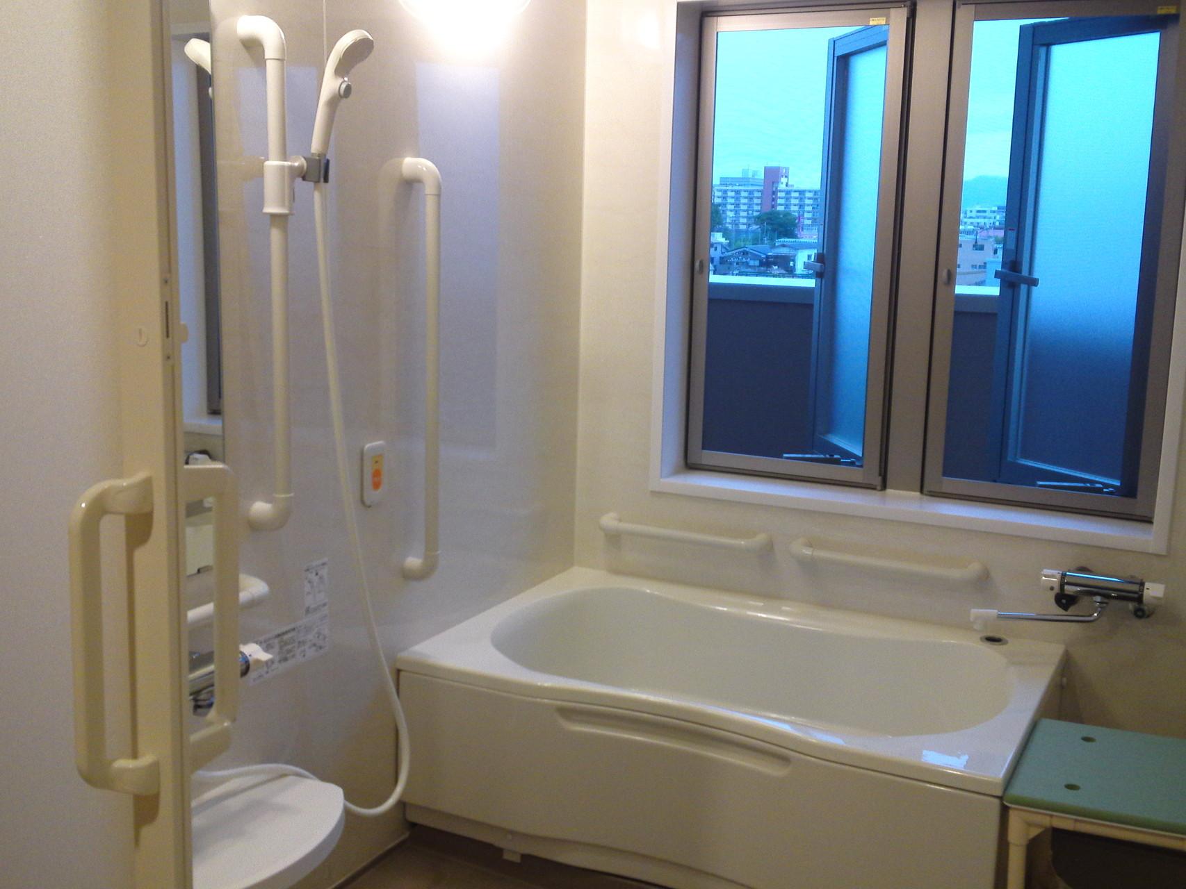 大浴場ではなく、個浴室なのでゆったり入浴タイムを過ごせます
