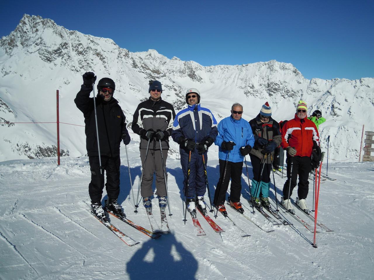 Skiclub Neun Holz ohne Bernd (der Schatten fotografiert gerade)