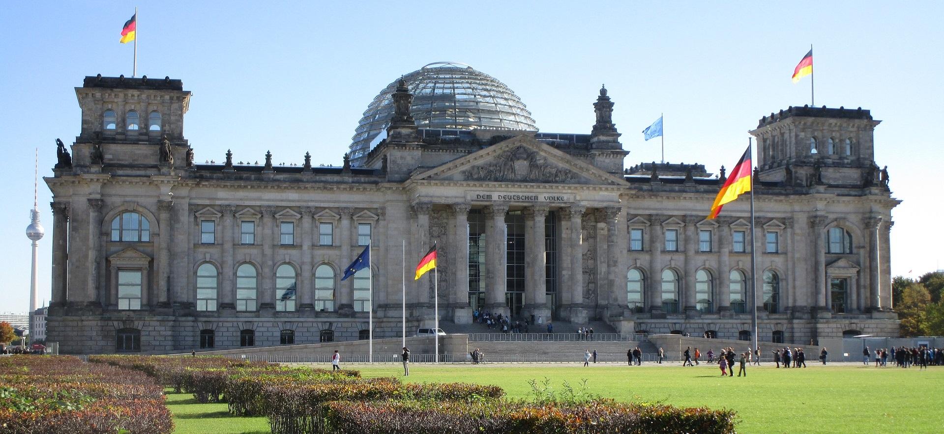 DIE VERLÄNGERUNG des deutschen & die Einführung des österreichischen Rettungsschirmes für die Warenkreditversicherer steht unmittelbar bevor