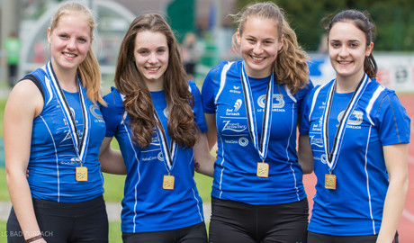 Die Goldmädels über 4 x 100 Meter Tessa Morshuis, Svenja Moll, Jessica Büeler, Delia Schüpbach