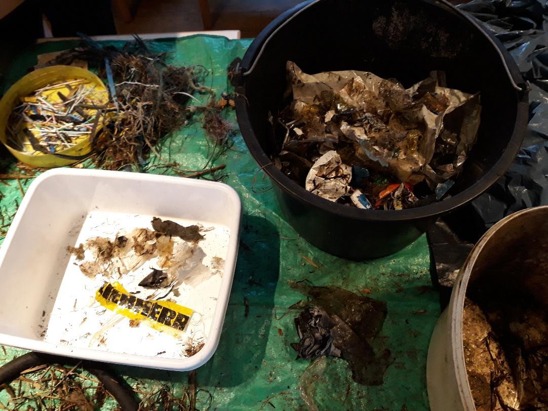 """Einige Müllverursacher hinterließen ihre """"Visitenkarte"""""""