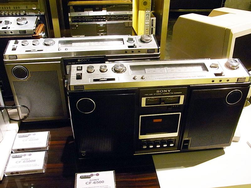 SONY  CF-6500(黒) SONY  CF-6500(黒) SONY  CF-6600(木目)
