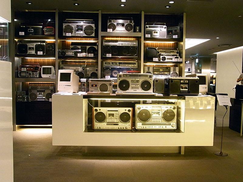 新宿伊勢丹・メンズ館8階・レジデンス内限定ショップ正面です。