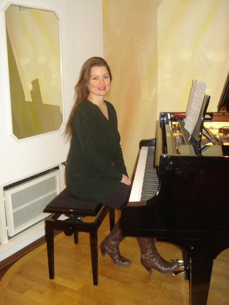 Marina Wagner no piano