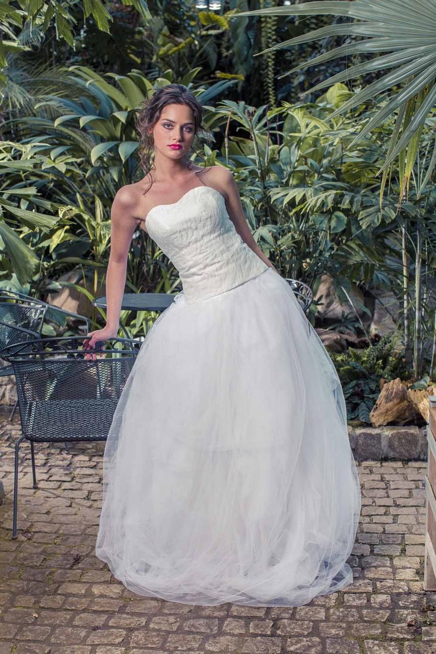 Couture Brautkleid mit Tüllrock und Corsage