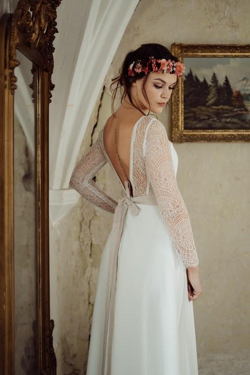 schlichte Brautkleider nach Maß