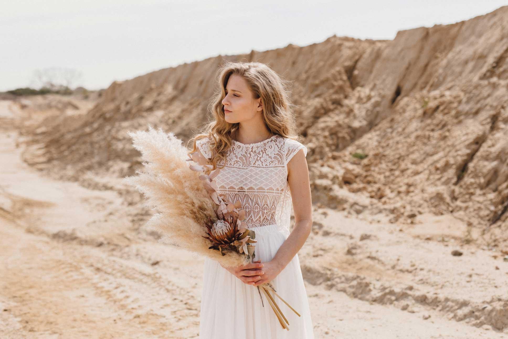 Brautkleider schlicht und modern