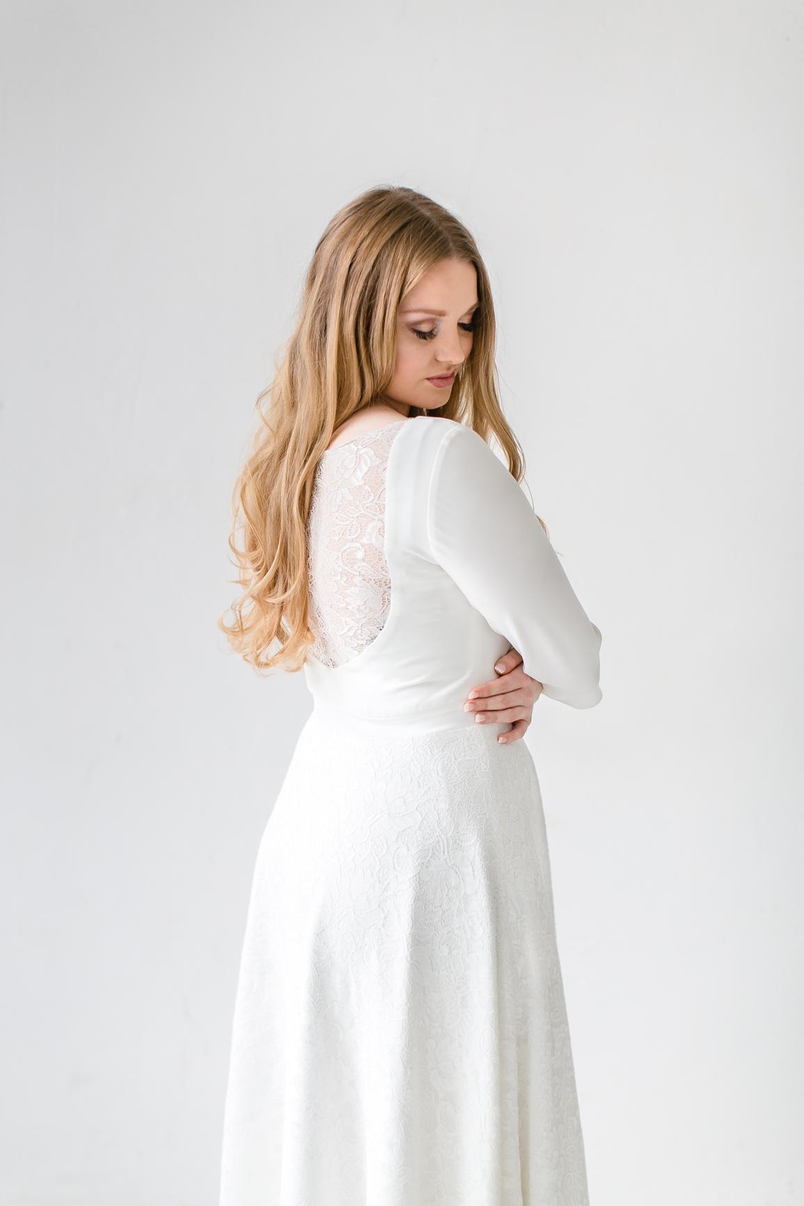 """Vintage Brautkleid für kurvige Bräute """"Aimi"""" Bild: Diana Frohmüller"""