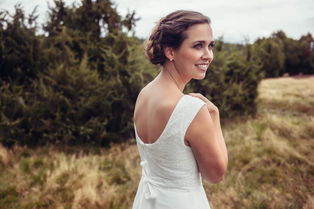 Vintage Brautkleid mit Spitzentop und schmalem Tüllrock