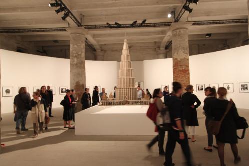 百科事典的宮殿:マリノ・アウリティが20世紀半ばに構想した巨大な空想博物館模型。