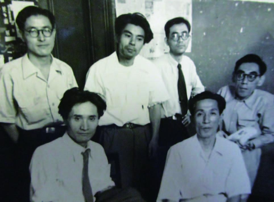 「職場美術協議会」準備のための集まり (左下が薗田さん)