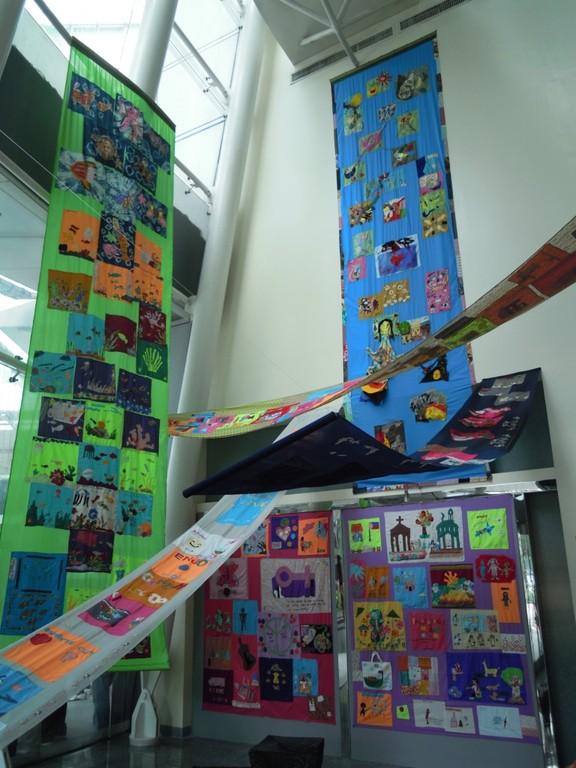 アルマ・キント《ハウス・オブ・コンフォート》ユーチェンコ美術館での展示風景(2011年11月18日、筆者撮影)