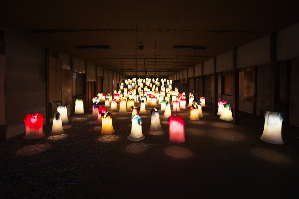 瀧澤潔「津南のためのインスタレーション―つながり―」ⓒ宮本武典+瀬野広美
