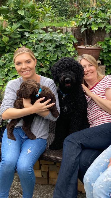 KIHNU mit Nina und Karin (Karin und Didi hatten bereits AIKO aus unserem ersten Wurf 2004)