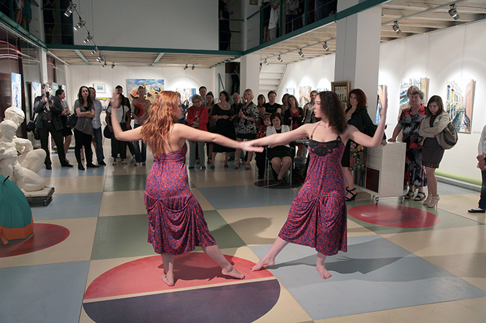 Dance 'Venice'. Opening day of the Art Colony gallery. 10.07.2010