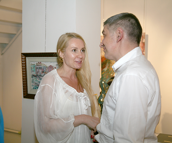 Vernissage in the gallery Art Colony, the Red October, Moscow 12.08.2010