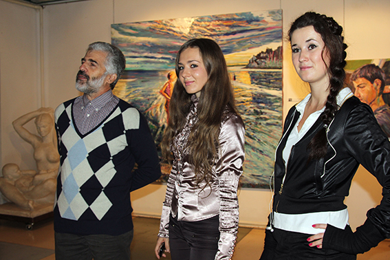 Vernissage of the exhibition in the gallery Art Agency Colony on Red October 12.11.2011