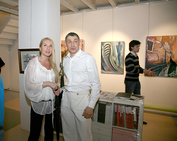 Vernissage in the gallery Art-Agency Colony on the Red October, Moscow 12.08.2010