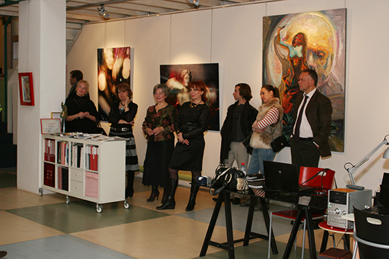 Vernissage 18.11.2010 in the Art Agency Colony Gallery on Red October