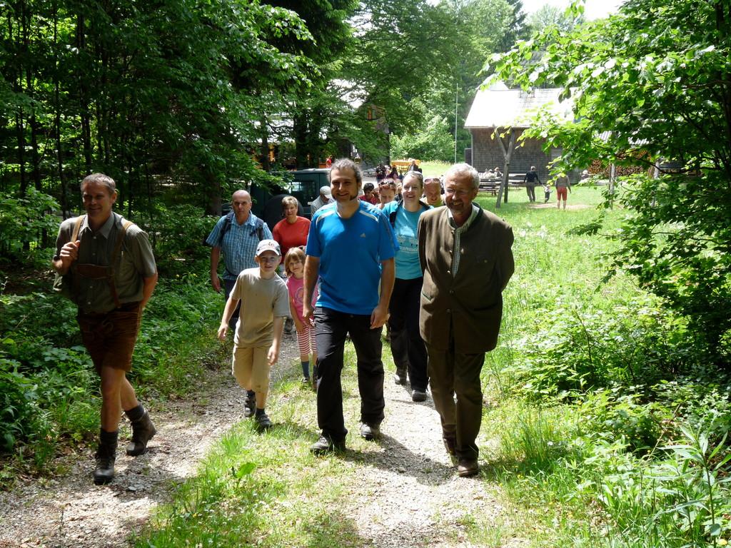 Aufbruch zur Waldpädagogischen Führung