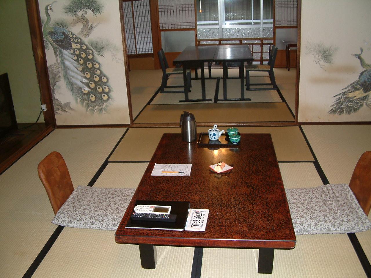 居間と食事所 一例