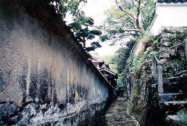 西念寺の古道