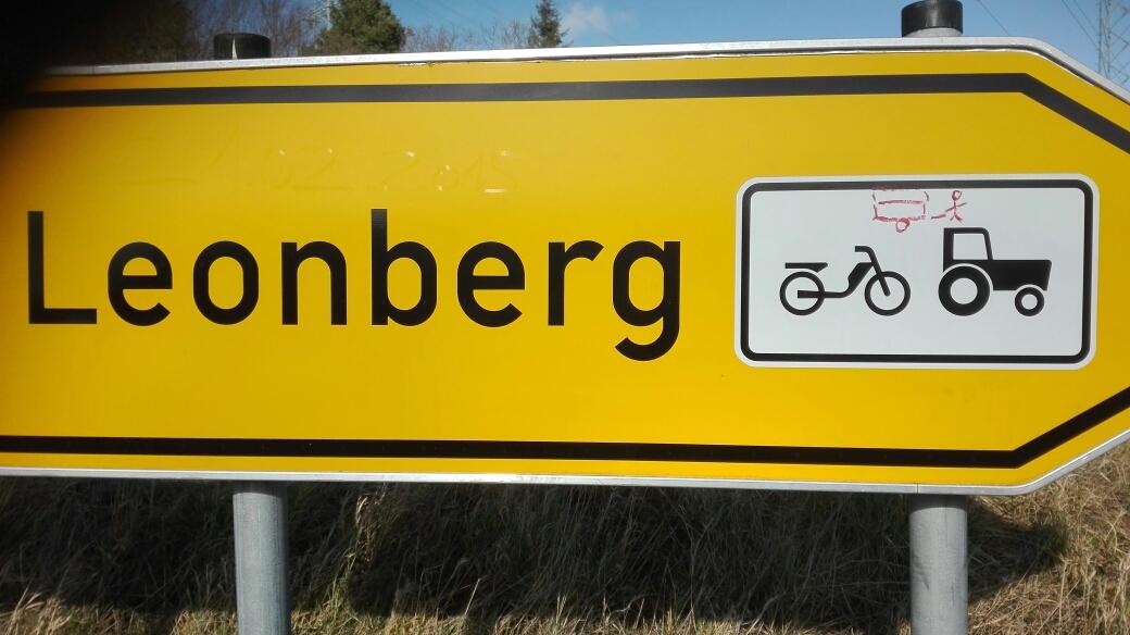 Schild modifiziert ; -)