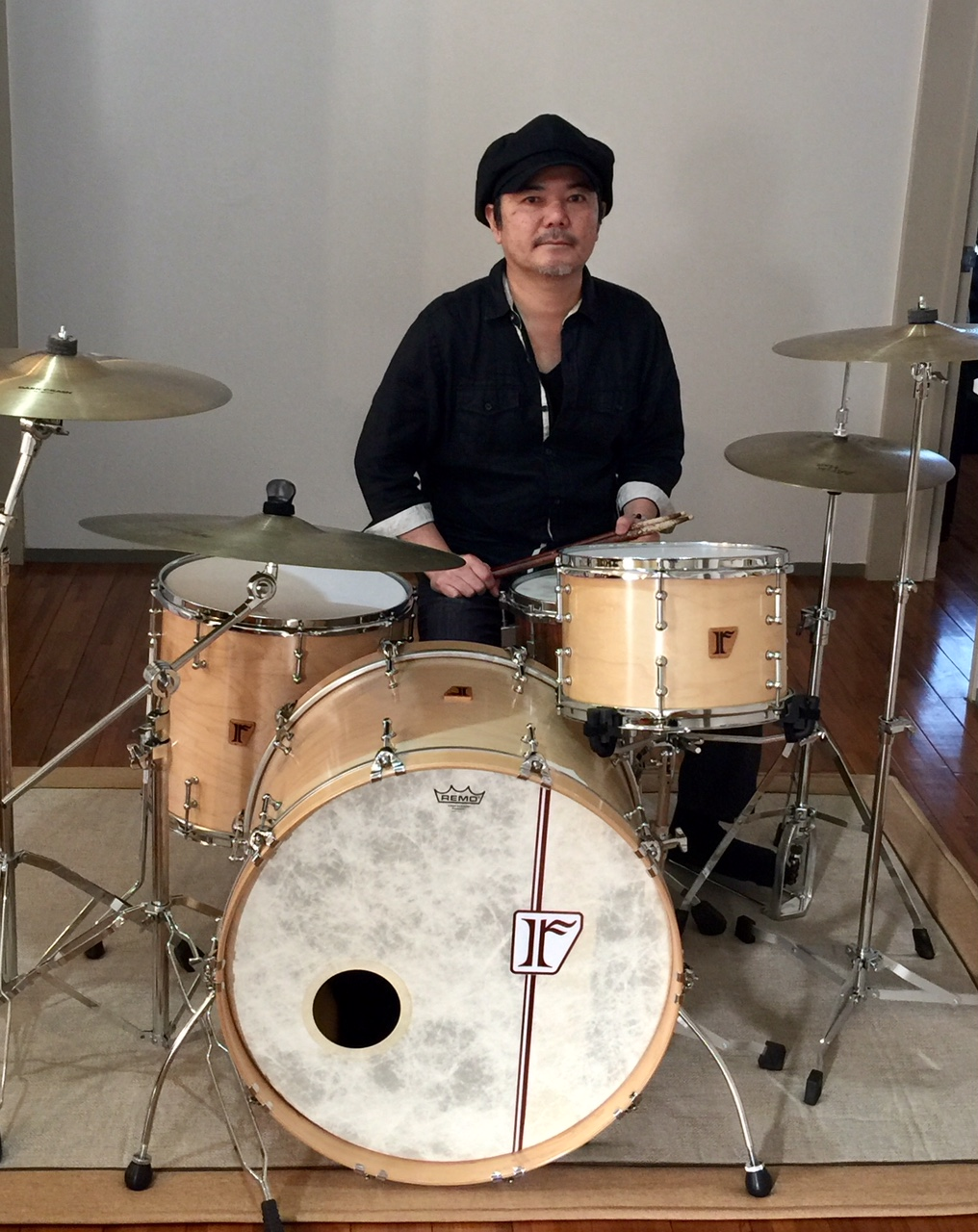 "上地一成 [しゃかり]  Custom. Vintage Maple / 22""x15"" BD , 12""x8"" TT , 15""x14"" FT"