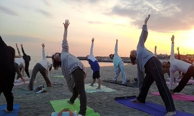 浜辺yoga