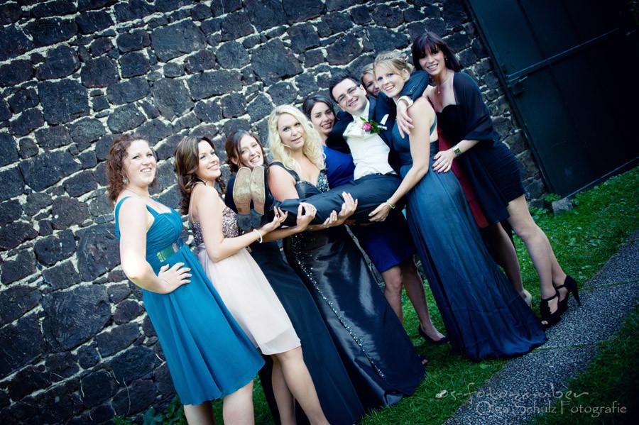 Hochzeitsshooting in Koblenz, Brautpaar, Freundinen, Bräutigam, Fotograf Koblenz, Fotografie, Hochzeitsreportage