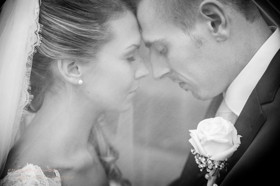 Brau Fotoshooting Brautjungfern rosa Brautpaarshooting Paarfotos Zweibrücken Hochzeitsreportage Rosengarten Hochzeitsportrait romantische Hochzeit olga Schulz os-fotozauber Hochzeitsfotograf rlp Koblenz Neuwied Fotografin Hochzeitslocation Wedding