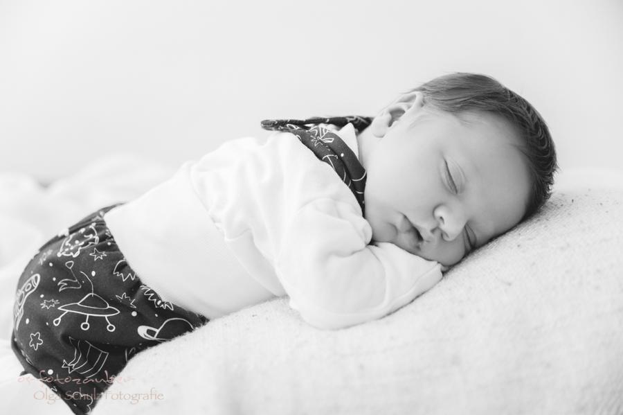 neugeborenenshooting koblenz, neugeborenenfotografie koblenz, newborn, neugeborenenshooting, babyshooting, neugenborenenfotografin koblenz, fotograf koblenz, fotografin koblenz, fotostudio koblenz,