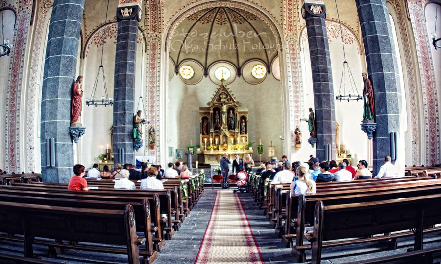 Kirche, Hochzeitsfotografie, Hochzeit in Koblenz