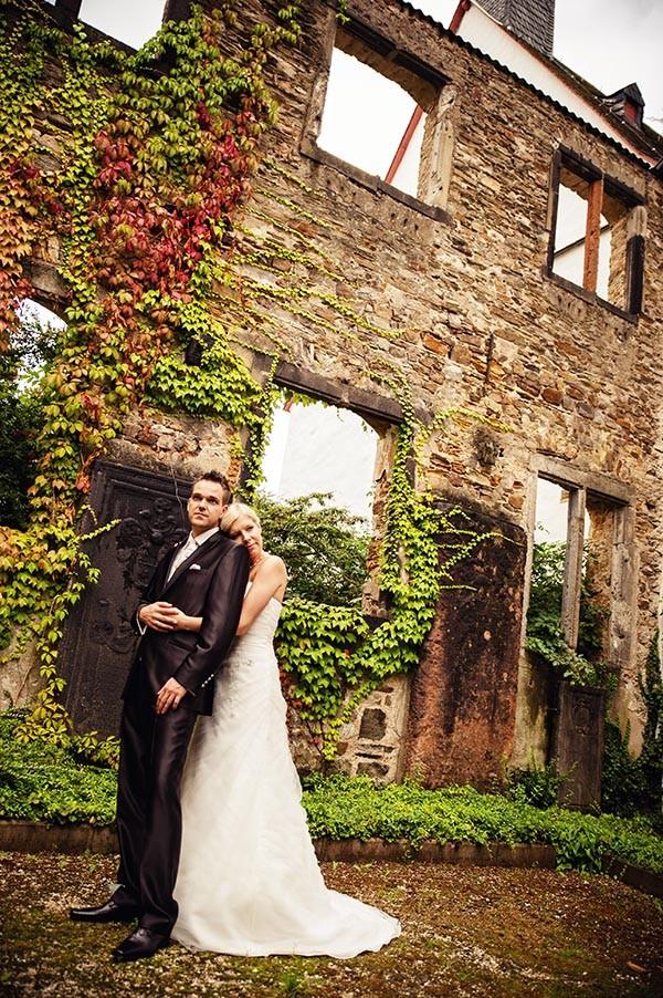 Hochzeit in Koblenz, Eheringe, Hochzeit in Höhr-Grenzhausen, Hotel Heinz, Hochzeitsfeier, Feier im Hotel Heinz, Olga Schulz, os-fotozauber, olga schulz fotografie, Hochzeit Reportage, Hochzeitspaar